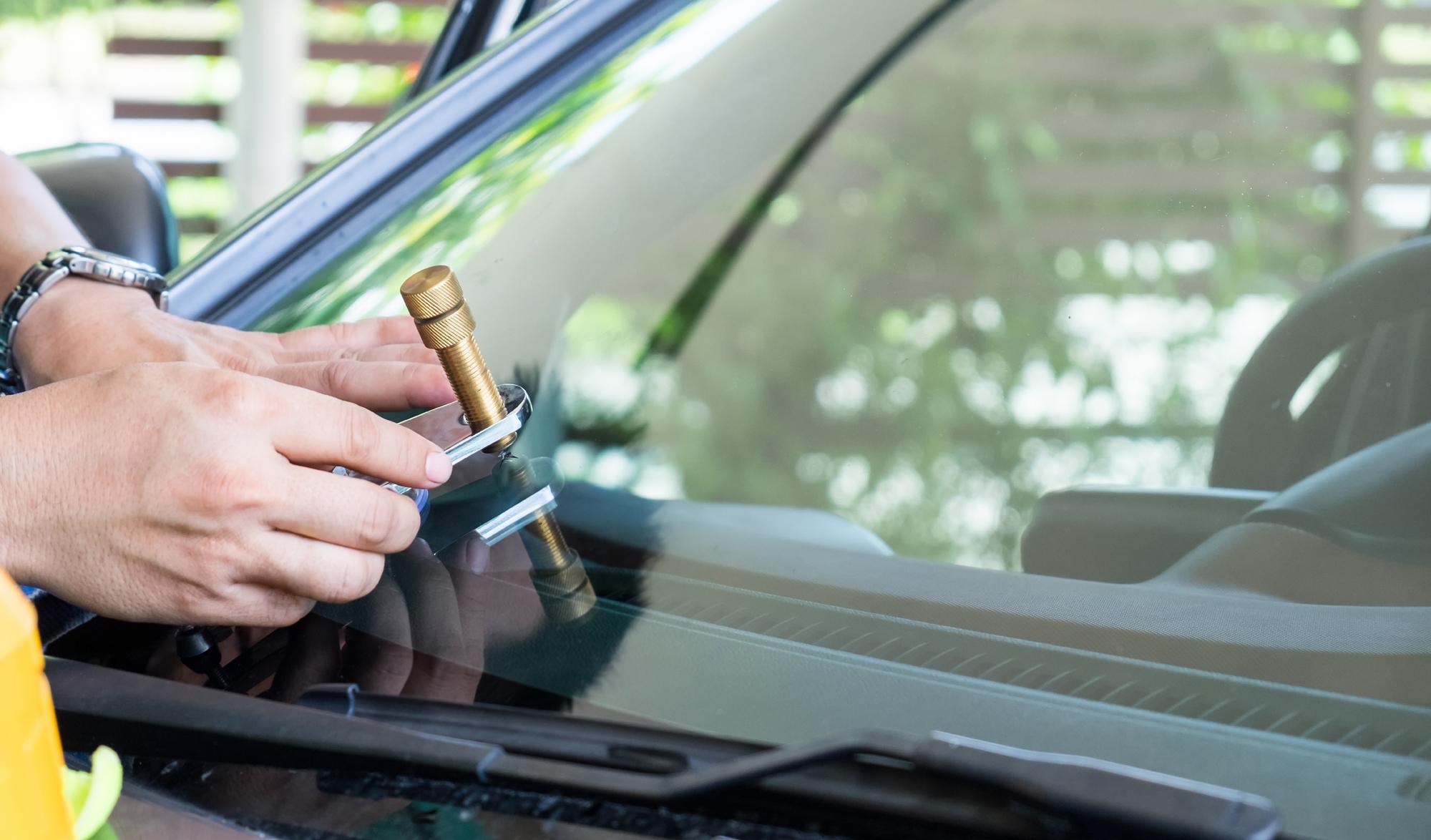 Auto Glass Windshield Repair in Surprise AZ